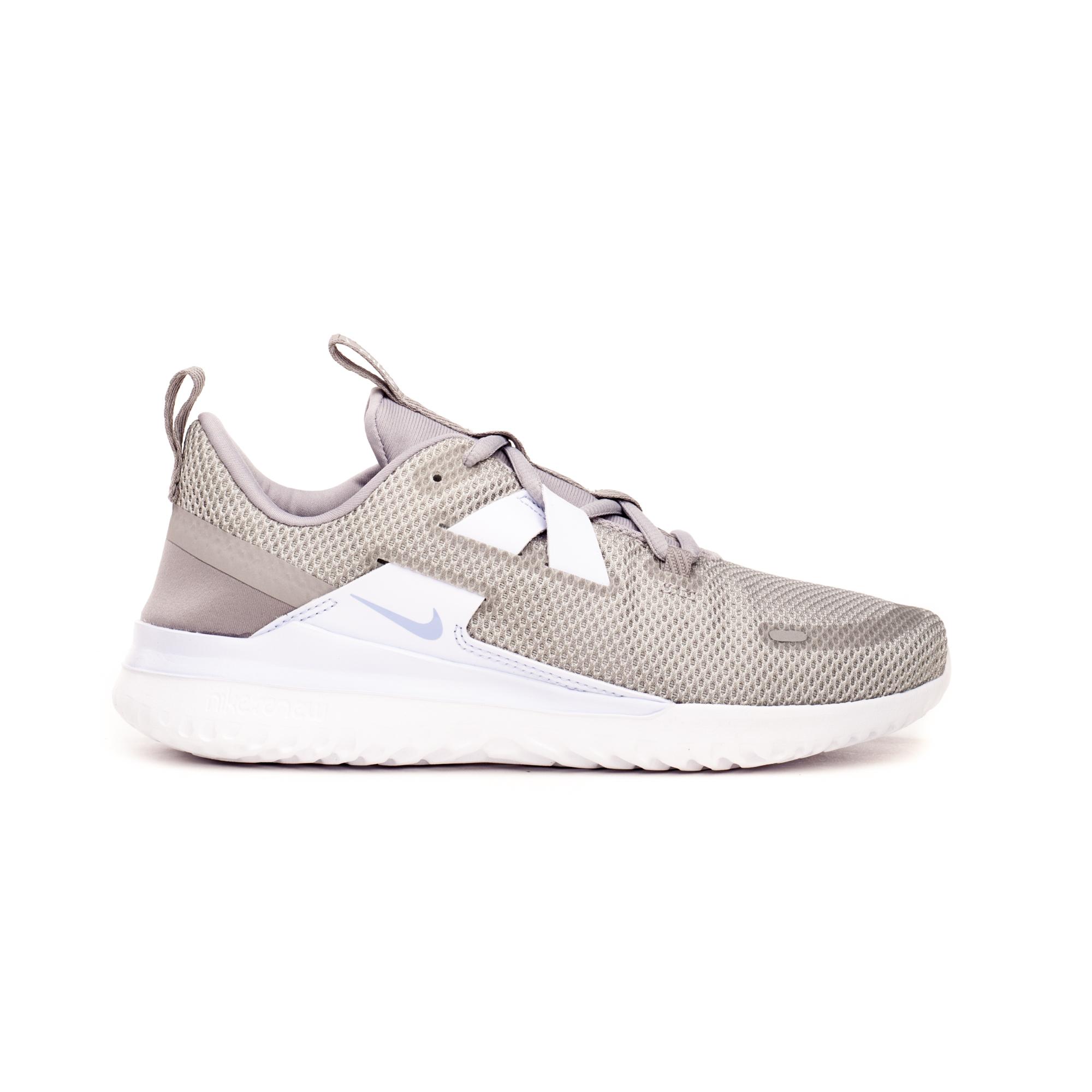Кросівки жіночі Nike RENEW ARENA SPT