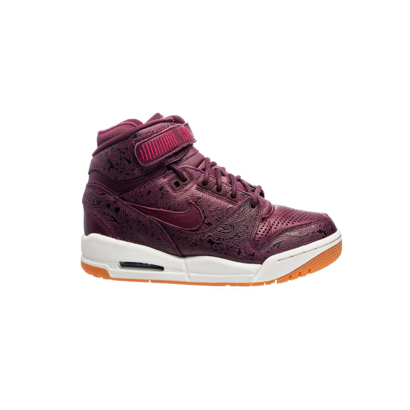 Кросівки жіночі Nike AIR REVOLUTION