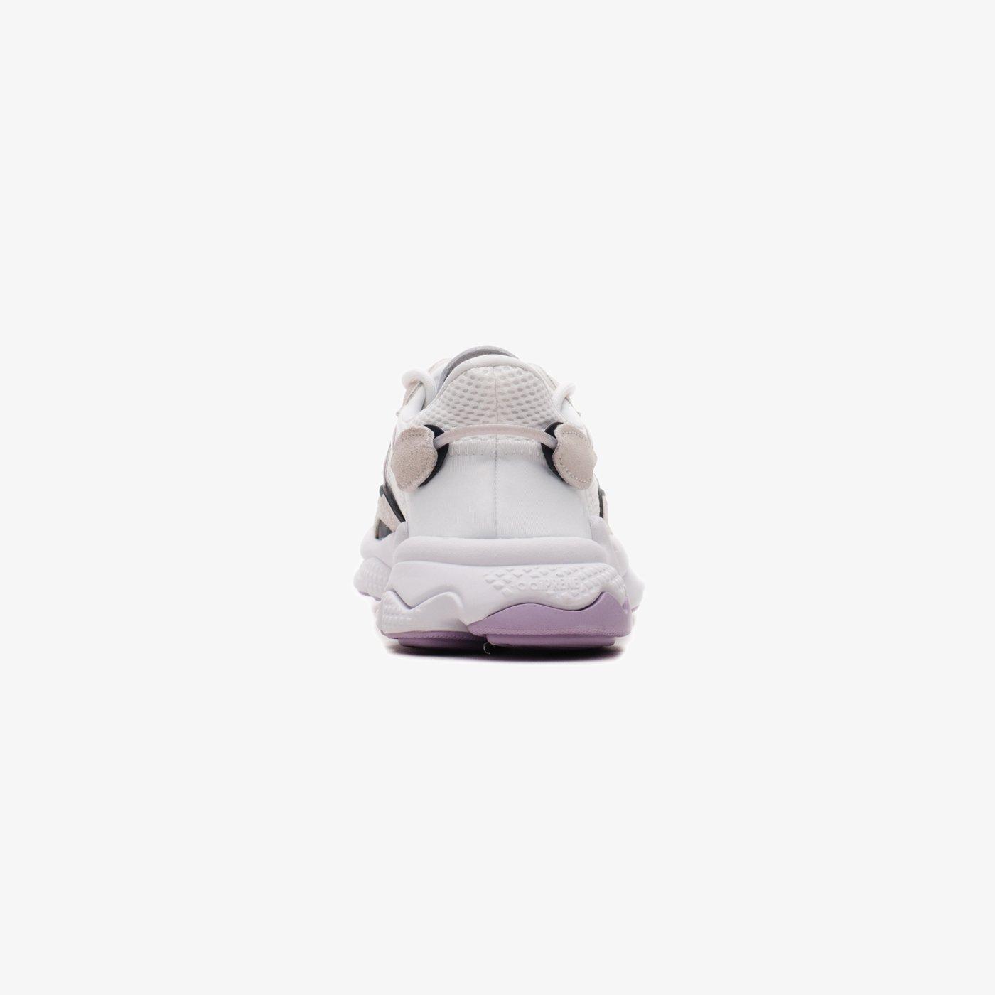 Кросівки жіночі adidas OZWEEGO
