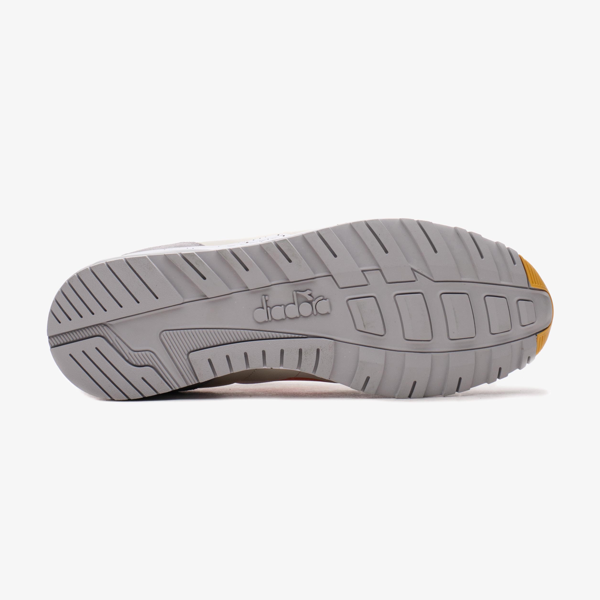 Кросівки чоловічі Diadora N902 OUTDOOR
