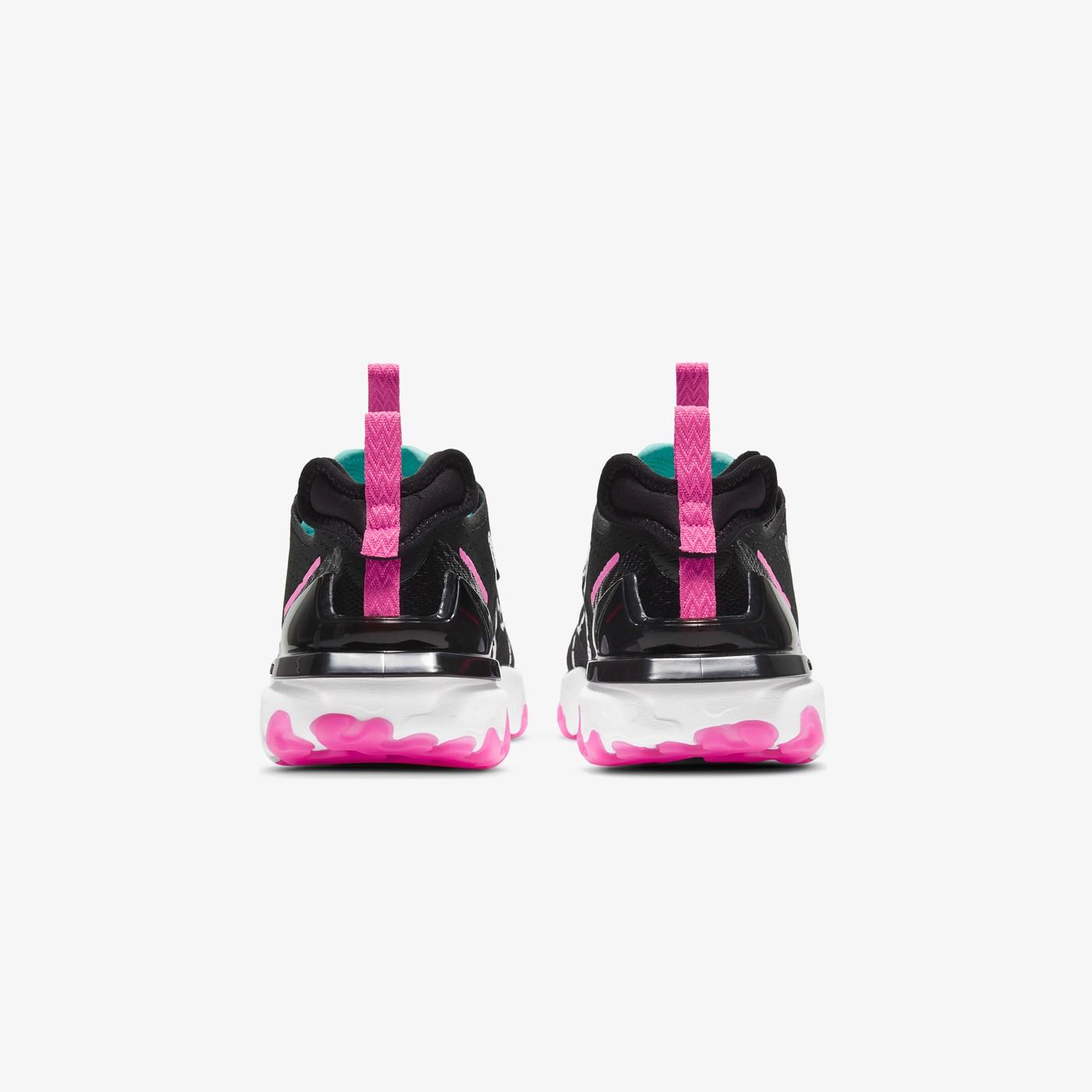 Кросівки жіночі Nike  REACT VISION