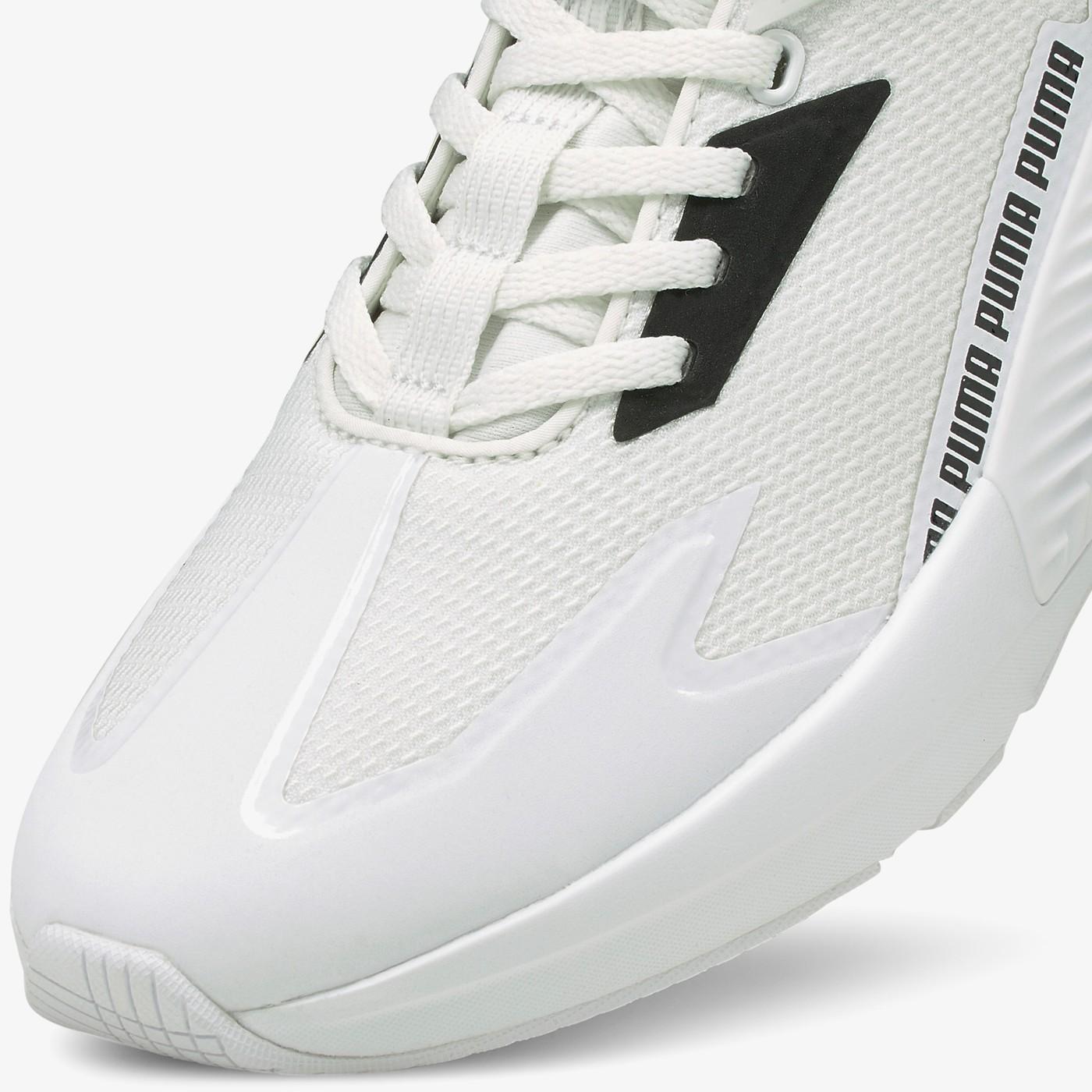 Кросівки жіночі Puma PROVOKE XT FTR MOTO