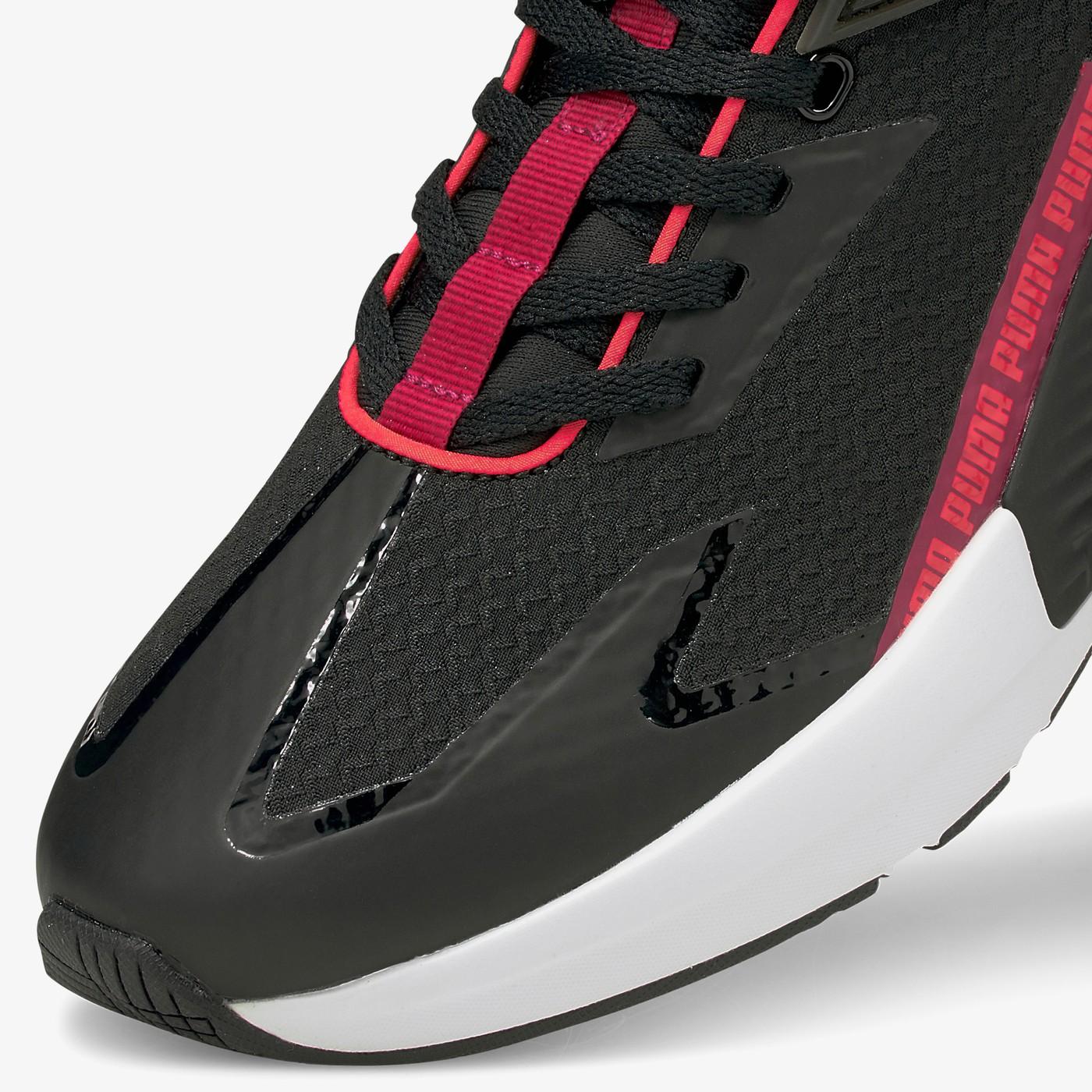 Кросівки жіночі Puma PROVOKE XT FTR